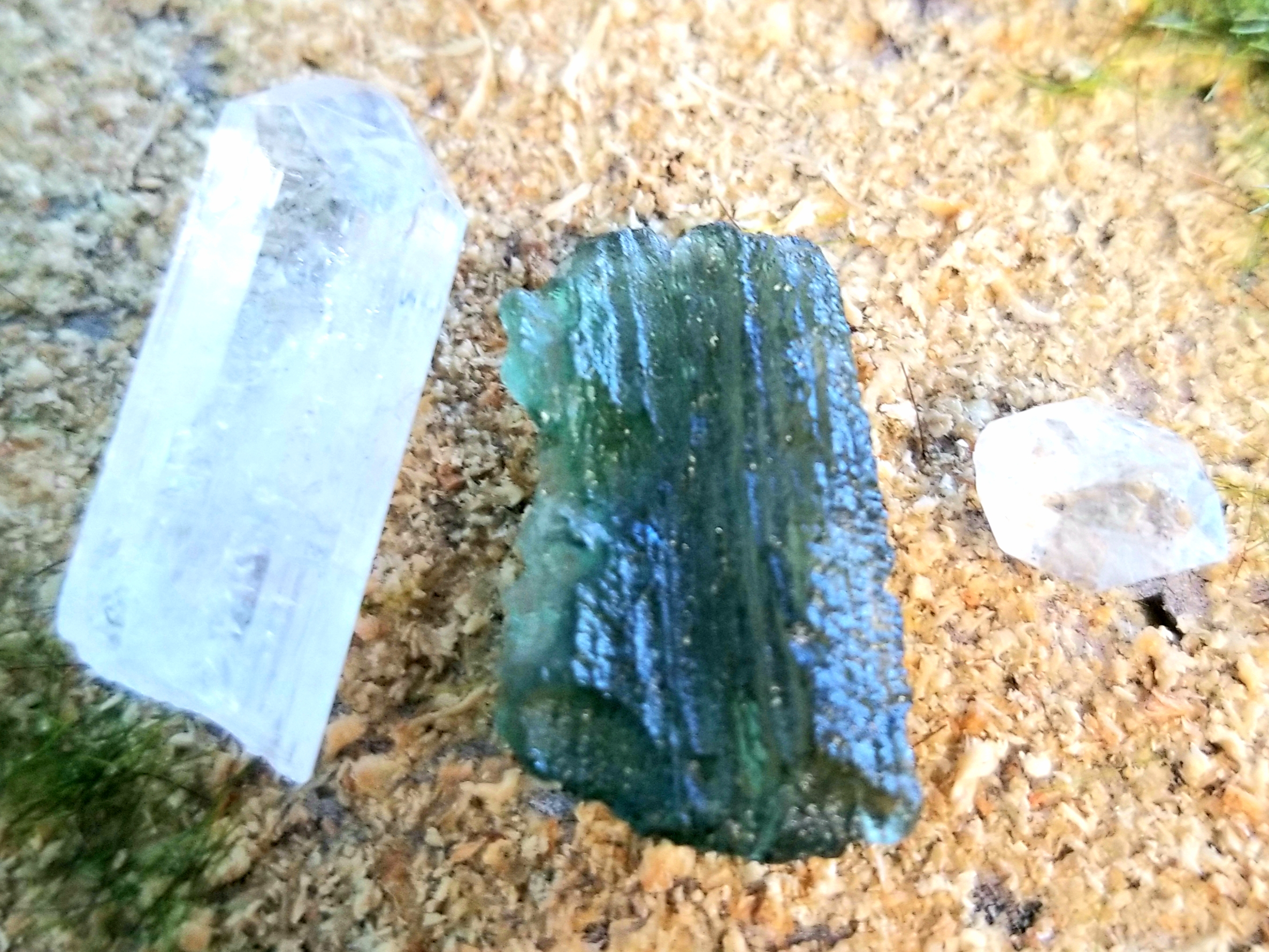 How to Meditate with Crystals: Simple Ways to Change Your Life